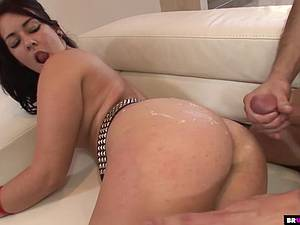 Slutty tattooed babe with perfect ass gets her cunt drilled