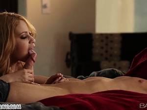 Latin Student Mae Olsen has sex at sunset