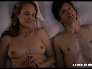 Heavenly Helen Hunt has a shaved pussy for viewing